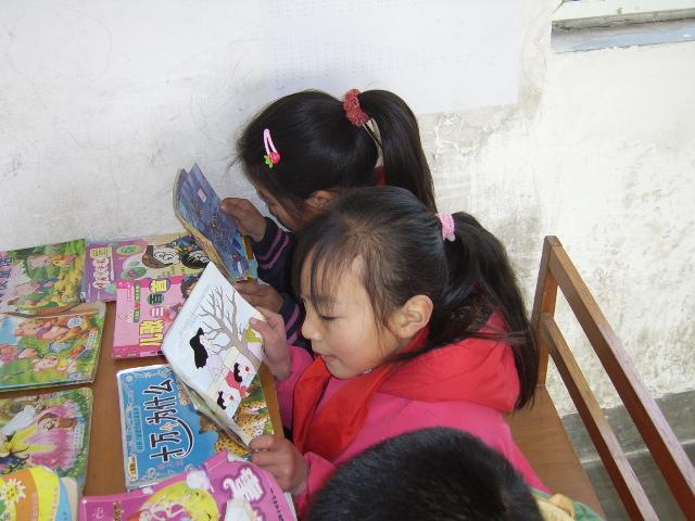 孩子享受读书的快乐