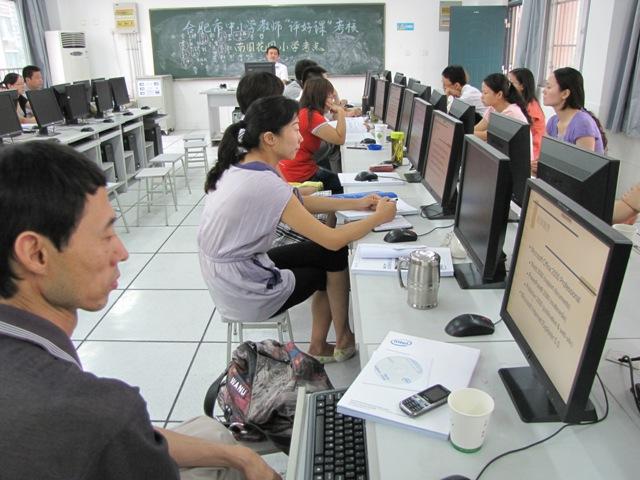...多学员放弃中午休息时间做练习做课件熟悉学习内容巩固操