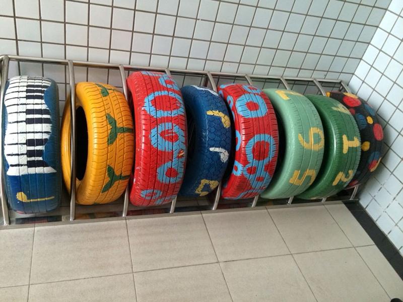 长江路幼儿园杏林分园创意游戏—废旧轮胎变童趣