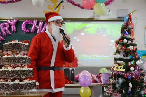 四河小学欢乐圣诞,a小学英语v小学精彩小学_合大班游戏建构不断图片