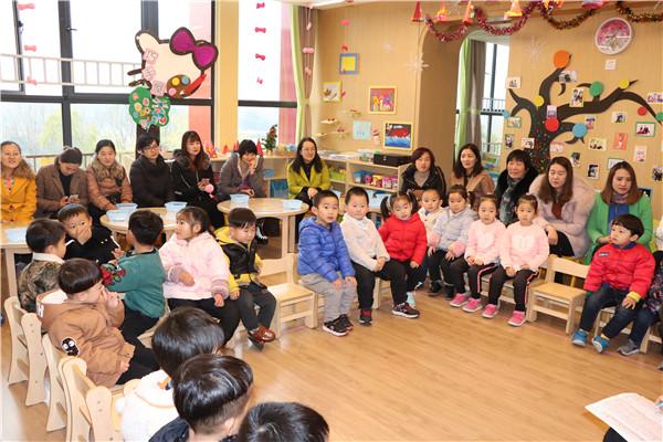 安庆路幼儿园城市之光分园:快乐游戏 陪伴成长