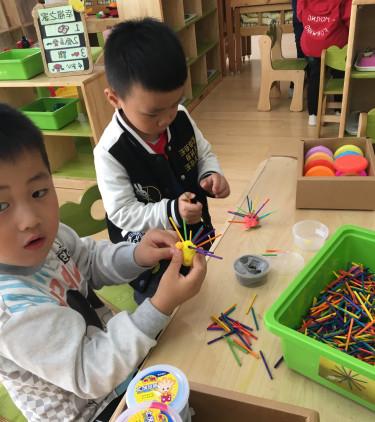 长幼京福:手工制作—可爱的小刺猬