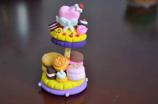 首页 新闻中心 校园快讯 小学新闻     诱人的糖果,可爱的小动物